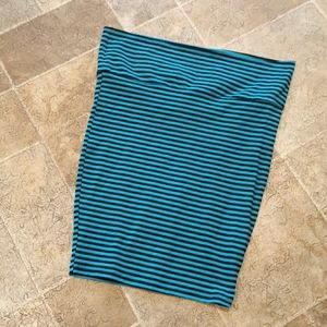 Torrid women's size 1 striped body con skirt